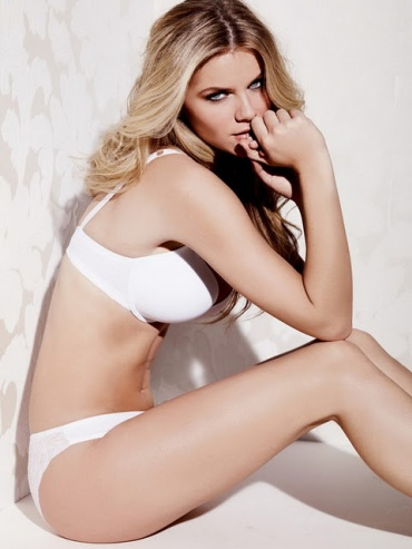 brooklyn-decker-9