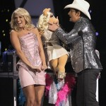 js_carrie-underwood-pink-dress