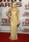 js_carrie-underwood-reem-acra