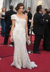 Milla Jovovich ,kıyafet Elie Saab