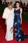 Anna Wintour Elbise Prada & Bee Shaffer Elbise Erdem