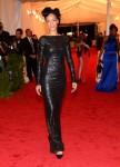 Rihanna elbise Tom Ford