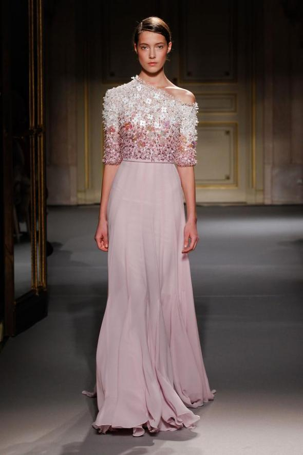 012113georges-hobeika-haute-couture-spring-2013-pfw28