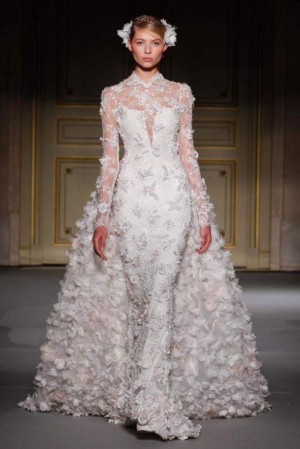 012113georges-hobeika-haute-couture-spring-2013-pfw35