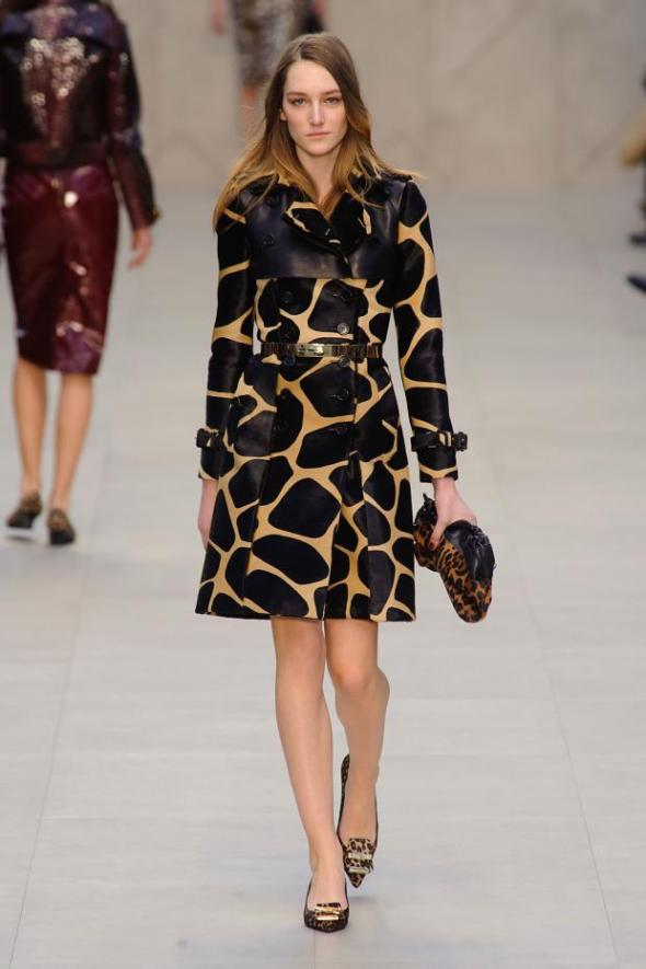 burberry-prorsum-autumn-fall-winter-2013-lfw11