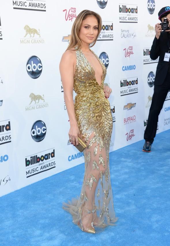 Jennifer-Lopez-Zuhair-Murad-Couture-2013-Billboard-Music-Awards-4