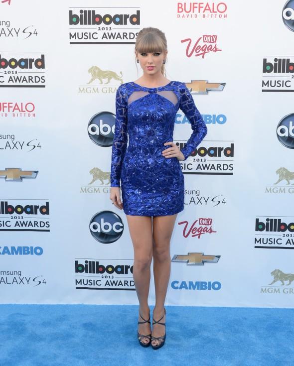 Taylor-Swift-Zuhair-Murad-2013-Billboard-Music-Awards-3