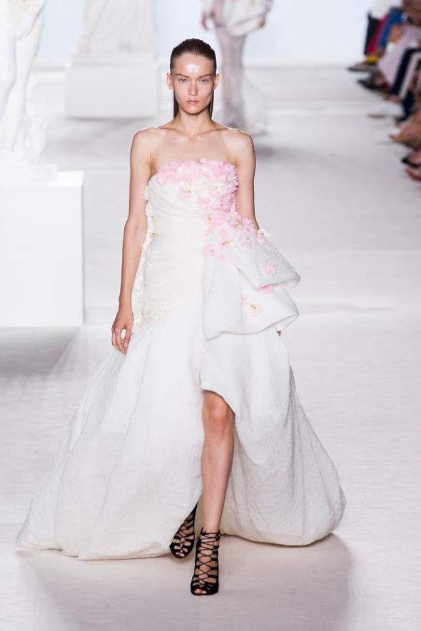 giambattista-valli-haute-couture-autumn-2013----pfw34