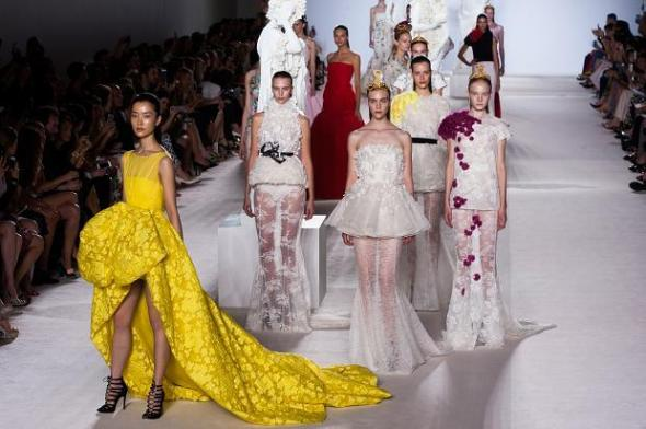 giambattista-valli-haute-couture-autumn-2013----pfw41