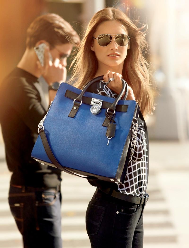 Купить женские мягкие сумки Michael Michael Kors