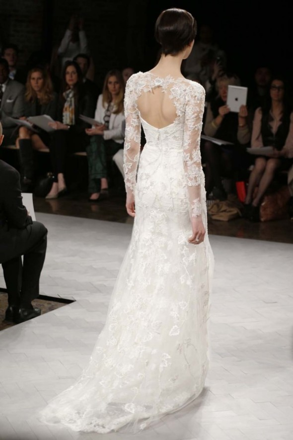 Monique-Lhuillier-Spring-2014-Wedding-Dress_086-600x900