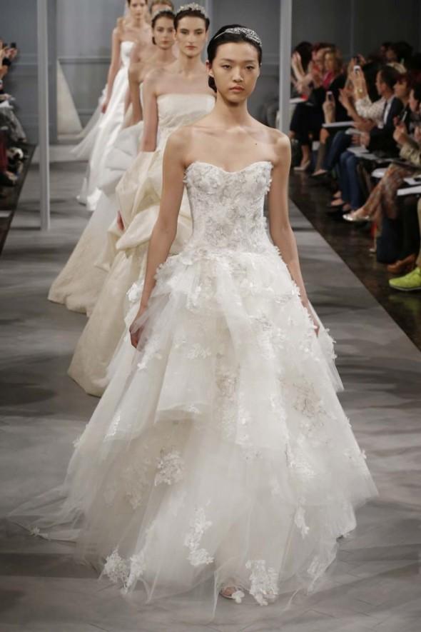 Monique-Lhuillier-Spring-2014-Wedding-Dress_117-600x900