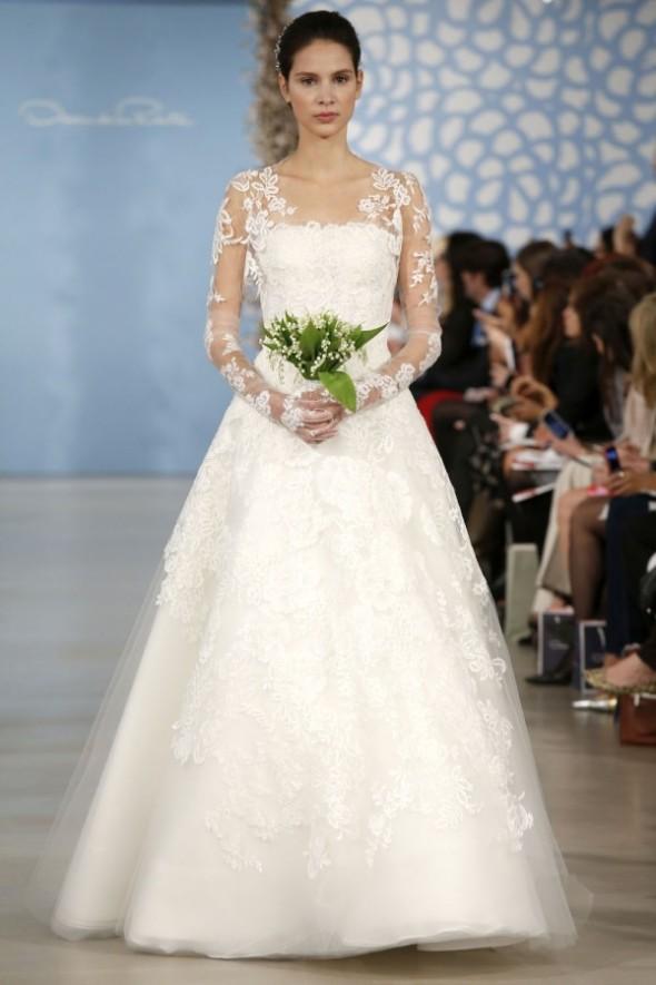 Oscar-De-La-Renta-Spring-2014-Wedding-Dresses-02-600x900