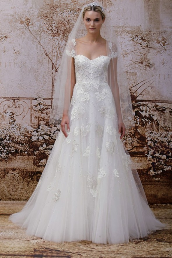 monique-lhuillier-fall-2014-wedding-dresses22-600x900
