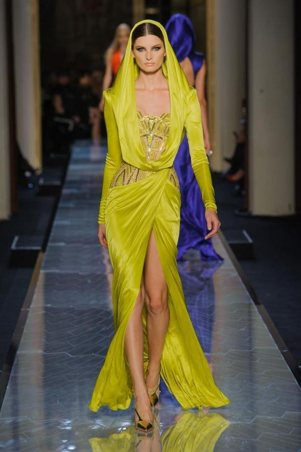 012114versace-atelier-haute-couture-spring-2014-pfw17