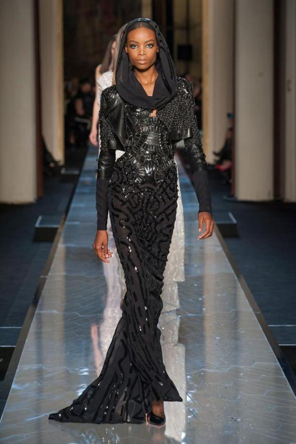 012114versace-atelier-haute-couture-spring-2014-pfw34