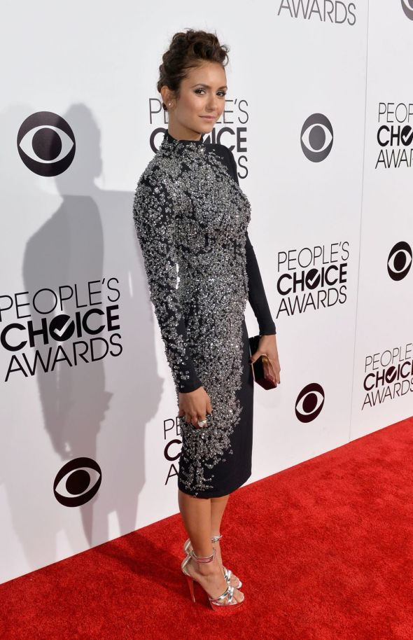 nina-dobrev-at-40th-annual-people-s-choice-awards-in-los-angeles_8