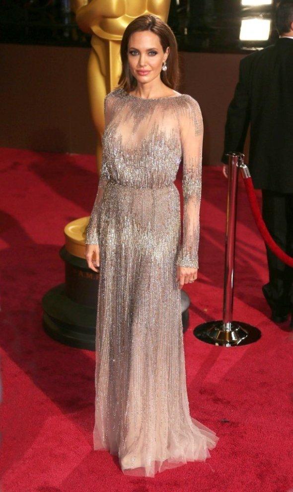 Angelina Jolie – Elie Saab