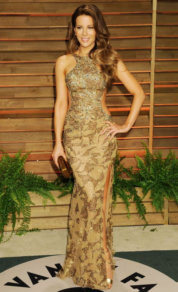 kate-beckinsale-at-vanity-fair-oscar-party-in-hollywood_1